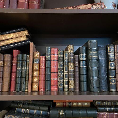 Lot de livres : Œuvres de Chenier, Hugo, Musset et Sainte Beuve