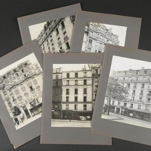 Boutique à louer, Marchand de parapluie... Six façades d'immeubles parisiens ave…