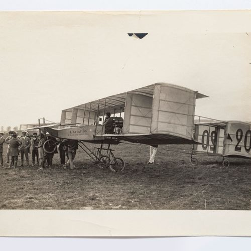 Lucien Loth (1885 1978)  Paulhan on a biplane, n°20  Aviation week, August 1909 …