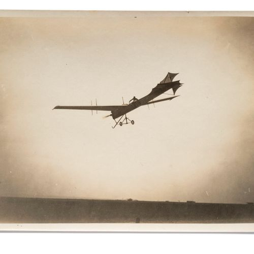 Lucien Loth (1885 1978)  Labouchère on the Antoinette n°30  Second Aviation Week…