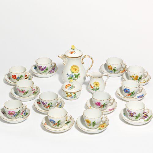 Meissen MOCHA SERVICE WITH FLORAL DECOR FOR 12 PERSONS. Meissen. Porcelain, deco…