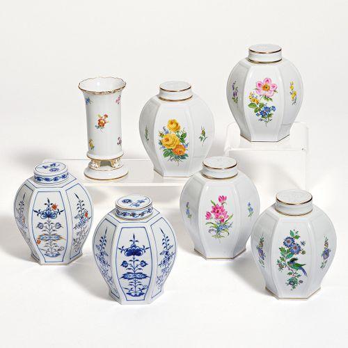 Meissen SET OF 6 TEA CADDIES. Meissen. Porcelain, colored and partly gold painte…