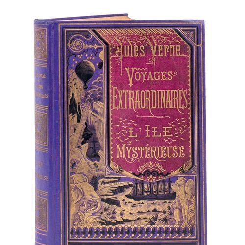 [Mers et Océans] L'Île Mystérieuse par Jules Verne. Illustrations de Férat. Pari…
