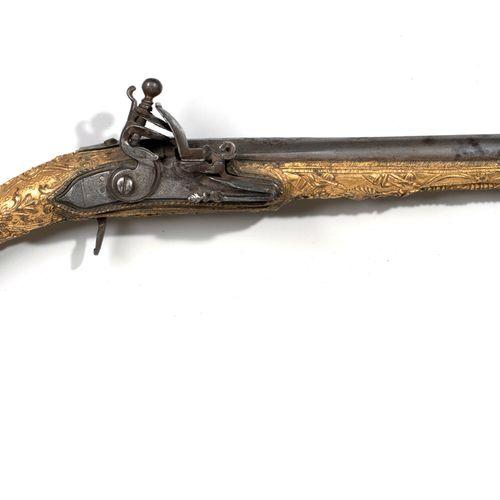 Pistolet Ottoman Monde Ottoman, XVIIIe XIXe siècle. Longueur: 50 cm. La crosse e…