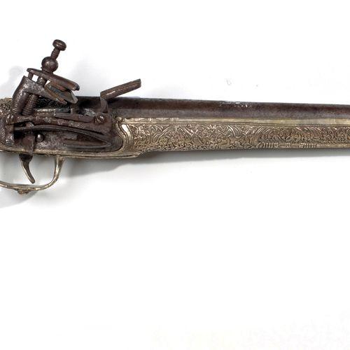 Pistolet Ottoman Balkans, circa 1800, Empire Ottoman Longueur : 54 cm La crosse …