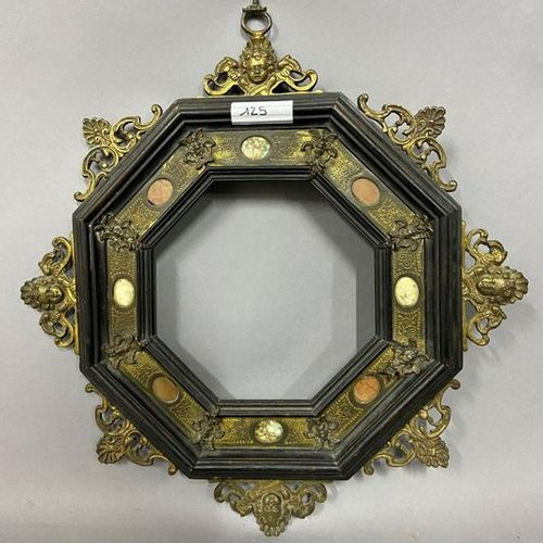 Octagonal moulded and blackened wood frame decorated with gilded and openworked …