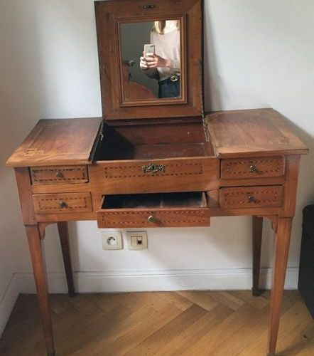 Dressing table with fruit wood net decoration  East of France  Around 1800  H: 7…