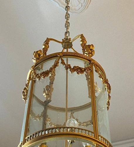 Lantern chandelier in metal and gilt bronze Louis XVI style