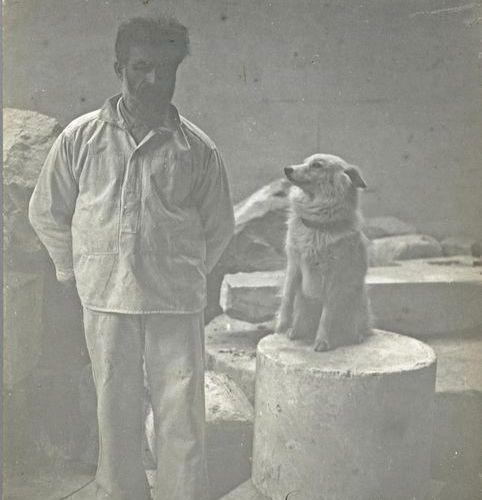 Constantin BRANCUSI (1876 1957) Self portrait in his studio with his polar dog, …