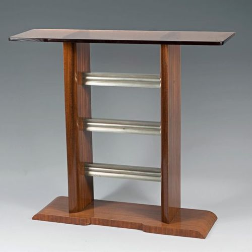 Raymond GUIBEL (1883 1978) Console in walnut veneer, two uprights in its central…