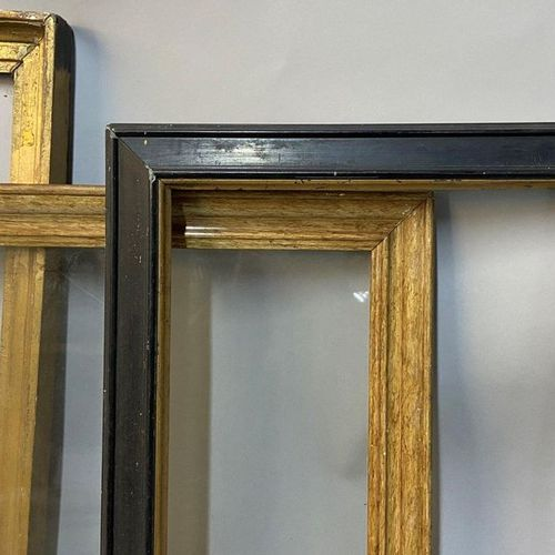 Set of 3 gold and black molded chopsticks  38 x 27 x 4 cm  33 x 27 x 4 cm  33 x …