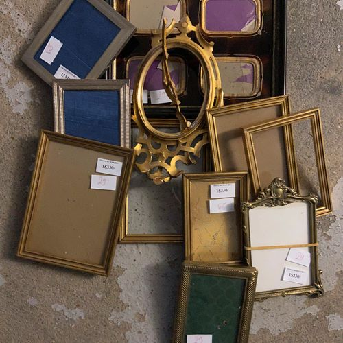 Batch of frames of various sizes  (sold as is)