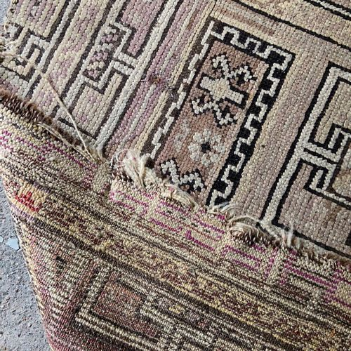 Carpet with geometric decoration on beige background  155 x 103 cm  (sold as is)