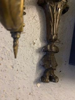 Set of sconces and bronze elements  H: 46 and 30 cm  (sold as is)