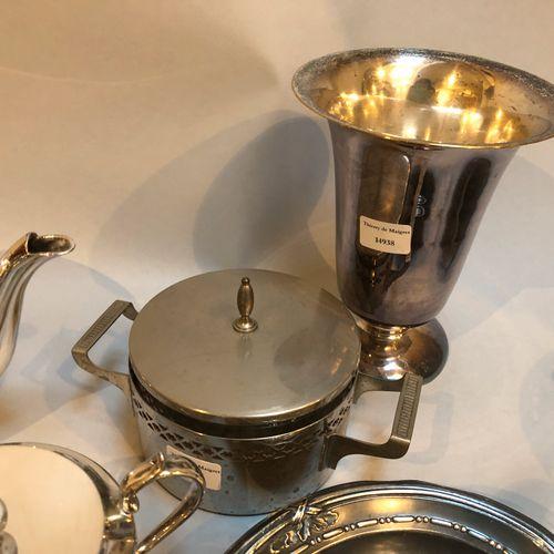 Strong batch of silver plated metal including milk jug, saucepan (D 13cm) teapot…
