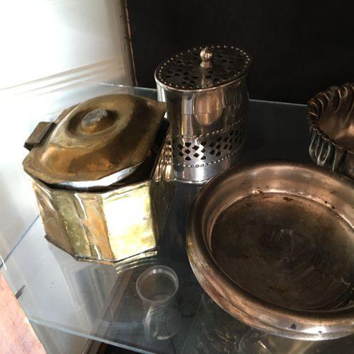 Lot d'étain et métal argenté  Vendu en l'état