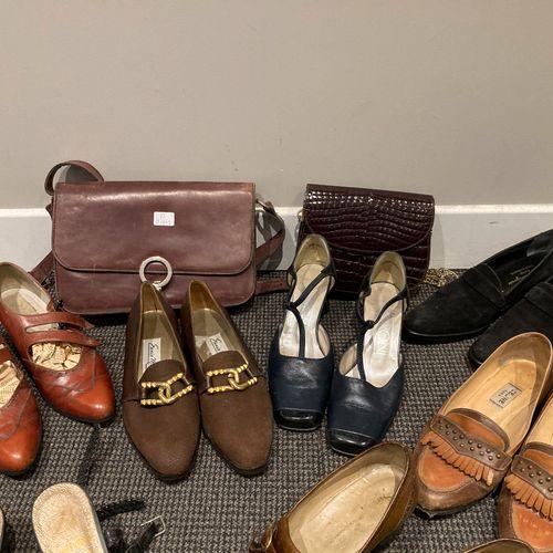Lot de 9 paires de chaussures (Céline, Gontard,Clergerie, Ceroni, Meccori) on y …
