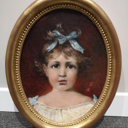 Ecole Française, début du XXème  Portrait de jeune fille au ruban bleu  Huile su…