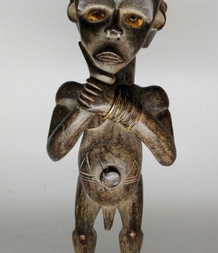 Afrique. Très belle statue d'ancêtre, gardien de reliquaire Fang, Betsi Mvaï. Ré…