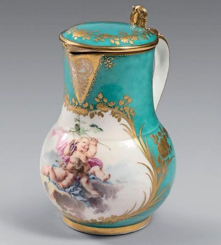 VINCENNES Ordinary covered milk jug, polychrome decoration of two cherubs in clo…