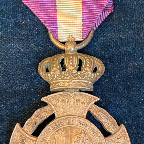 Spain Carlism, Royal and Distinguished Officer's Medal of Charles VII, silver pl…