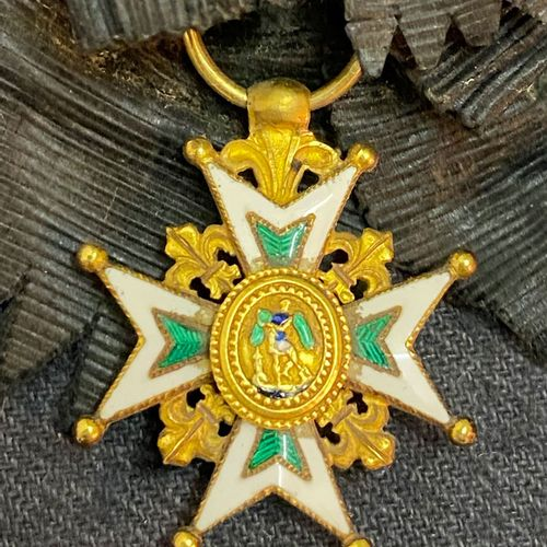 Order of St. Michael, gold buttonhole cross with eight points, one part pearl ri…