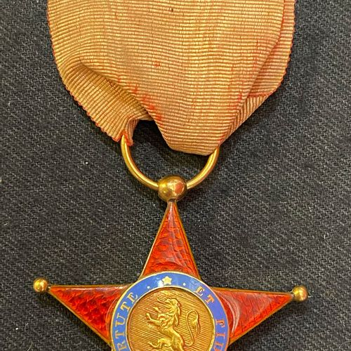 Royal Order of Spain, founded in 1808, knight's badge, gold star with five point…