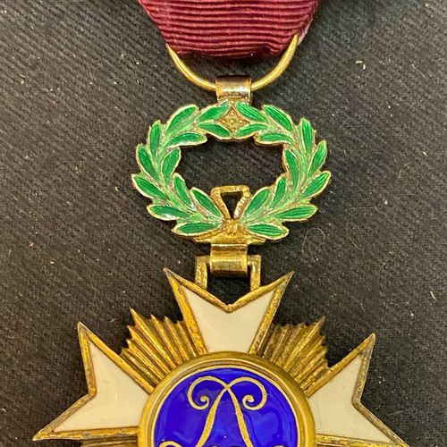 Belgium Order of the Crown, founded in 1897, Officer's Star in gilt and enamel, …