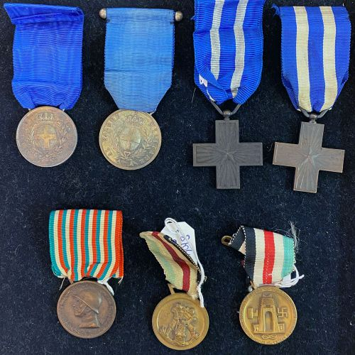 Italy Lot of seven: two silver medals of military valour without attribution, on…