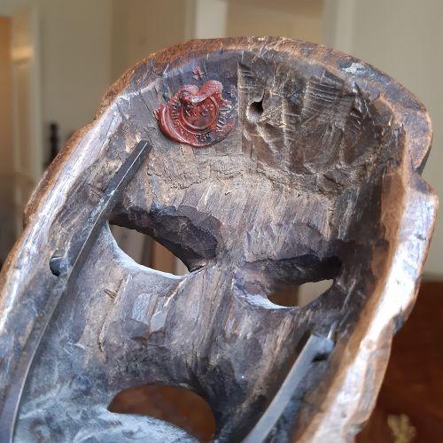 Masque Arunachal Pradesh (?), Népal. Bois à patine brun foncé noir. Hauteur : 14…