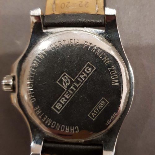 BREITLING. COLT. Réf. A17388. Chronomètre homme des années 2010, boîtier acier 4…