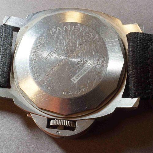 PANERAI Luminor Submersible PAM 00025 Réf. OP 6639 des années 2000. Boîtier tita…