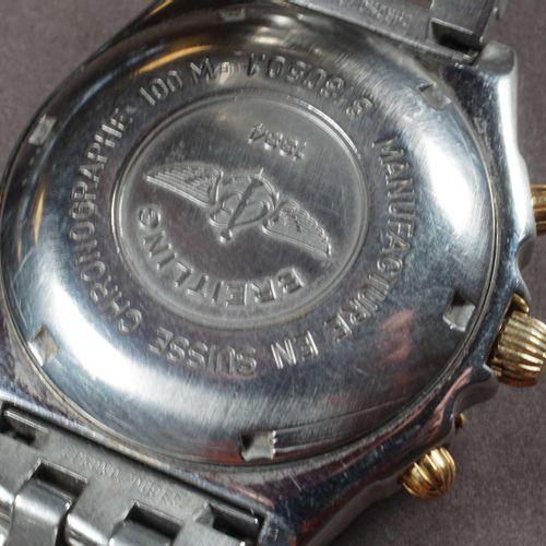 BREITLING CHRONOMAT. Réf. B13050.1. Des années 1990. Boîtier 39 mm en acier, cav…