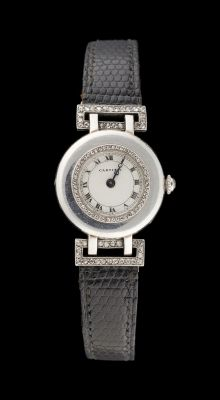 Cartier, circa 1930. Watchmaking: Ladies' evening wristwatch in platinum, gold a…