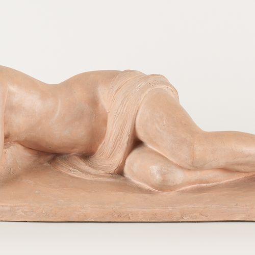 Albert Maurice DEKORTE École belge (1889 1971) Sculpture en terre cuite: Jeune f…