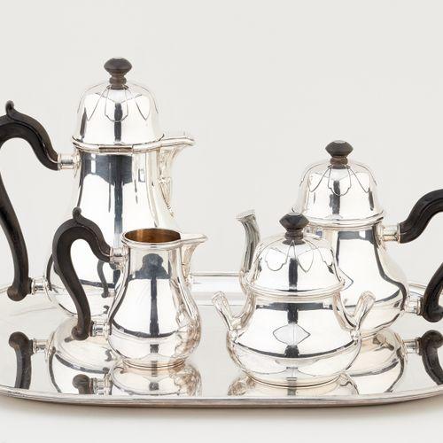 R. Ruys. Argenterie: Service à café et à thé en argent, se composant d'une cafet…