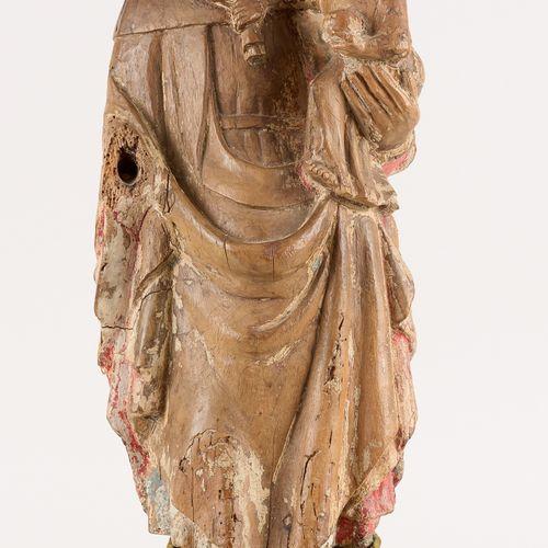 Europe du Sud début 18e. Sculpture en bois fruitier avec traces de polychromie: …