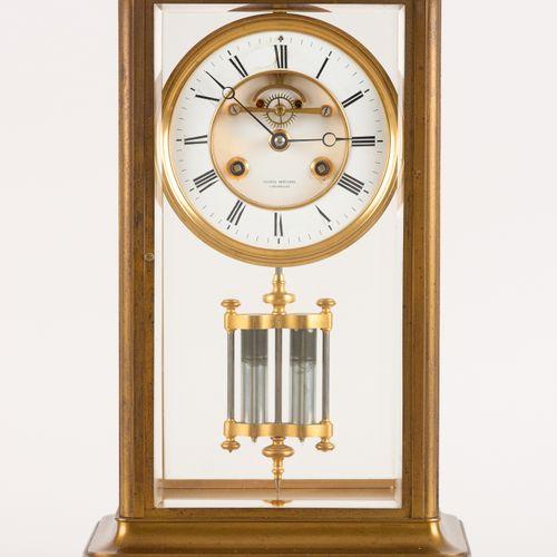 """Eugène Grévisse (Travail belge) Horlogerie: Pendule """"Cage"""" en laiton, cadran par…"""