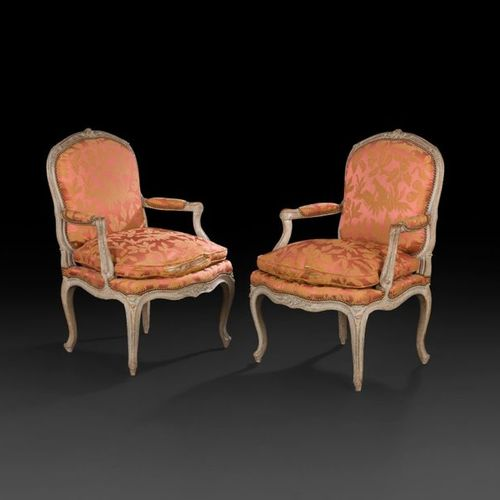 Pair of moulded, carved and painted beechwood armchairs with flat, rounded backs…
