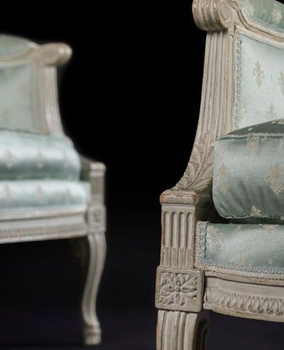 Pair of painted wooden canopies with a rectangular backrest and raise of heart d…