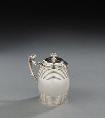 SALINS 1768 1769 A covered mustard pot in silver Master silversmith: François TH…