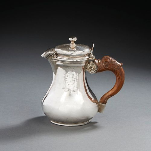 PARIS 1775 1776 A small coffee pot in silver Master silversmith: Jean Louis OUTR…