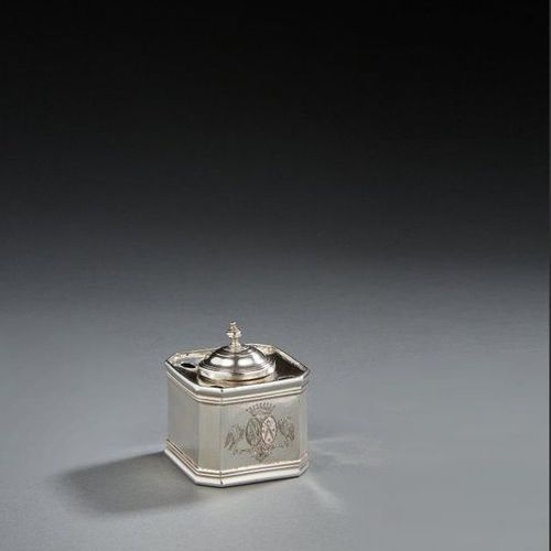 BESANCON 1691 1745 An inkwell in silver Master silversmith: Jean Baptiste CHARME…