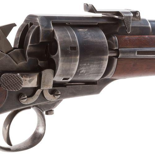 Rare carabine revolver Perrin, six coups, calibre 11 mm, à percussion centrale. …
