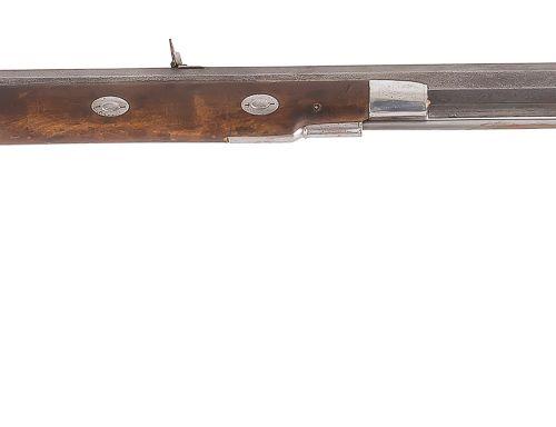 Long fusil de chasse dit « des plaines » à percussion, un coup, calibre 50. Lour…