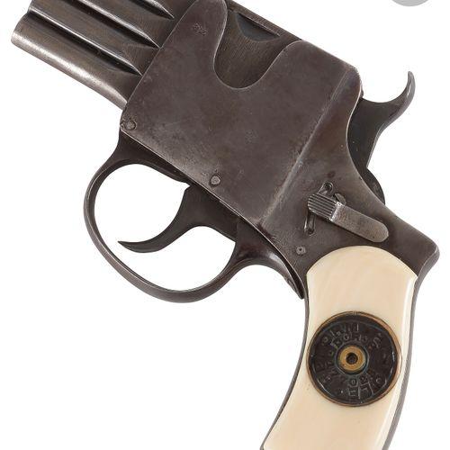 Pistolet « Reform » à barillet plat, 4 coups, à percussion centrale, calibre 6,3…