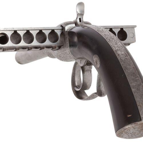 Pistolet à système « Jarre » du 2e type dit « Pistolet Harmonica », à broche 11 …
