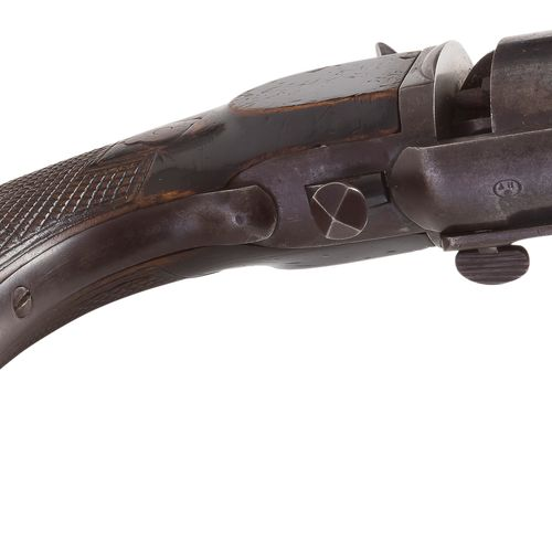 Rare revoler « Devisme » modèle 1855 type caucasien à chien interne à percussion…