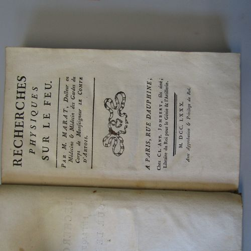 MARAT : Recherches physiques sur le feu. Jombert, 1780. In 8 marbled basane, smo…