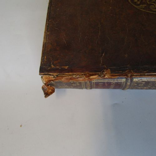 BOSSUET. Discours sur l'Histoire Universelle. Paris, 1681. One volume in 4° boun…